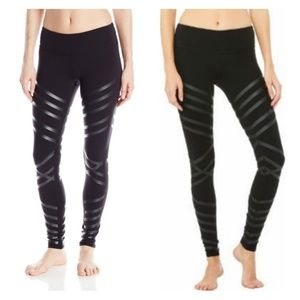 Alo Yoga's women's airbrush pant